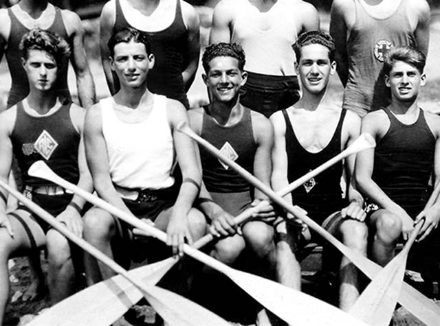 1950s Boys with oars